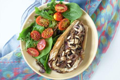 Berenjenas blancas rellenas de champiñones, veganas y deliciosas